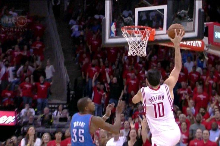ca94a0fc5e9 The Rockets  Carlos Delfino had a surprisingly nice dunk in the third  quarter