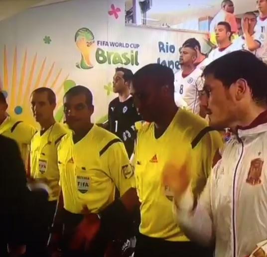 Ref-snubbed-handshake-World-Cup-Vine