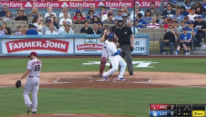 Yasiel-Puig-bat-flip-GIF-Dodgers-Diamondbacks