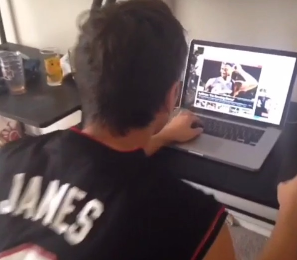 Vine-Heat-fan-becomes-Cavs-fan-in-6-seconds