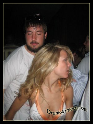 Most-Obnoxious-NFL-Drunks-Kyle-Orton-2