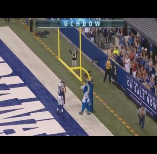 VINE-Colts-TE-Coby-Fleener-pump-fakes-the-goalpost-drunk