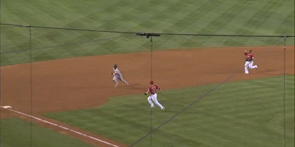 pedroia_steal