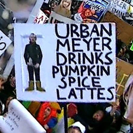 top-10-funniest-gameday-signs-from-ohio-state-michigan-state-Urban-meyer-pumpkin-spice
