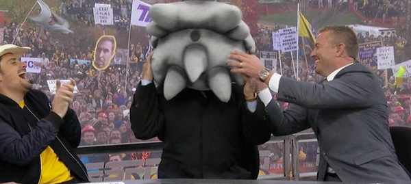 top-10-funniest-gameday-signs-from-tcu-west-virginia